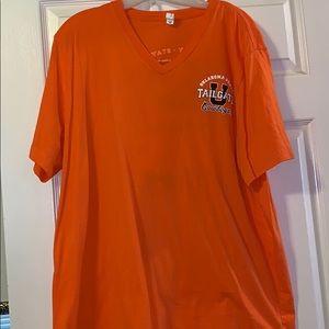 V-Neck T-shirt Sz 2XL